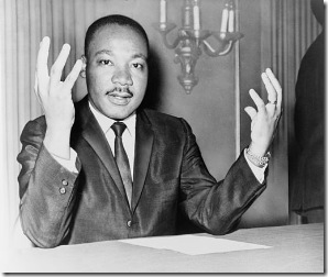 512px-Martin_Luther_King_Jr_NYWTS_6-wikicommons