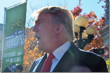 trump files candidacy at State House